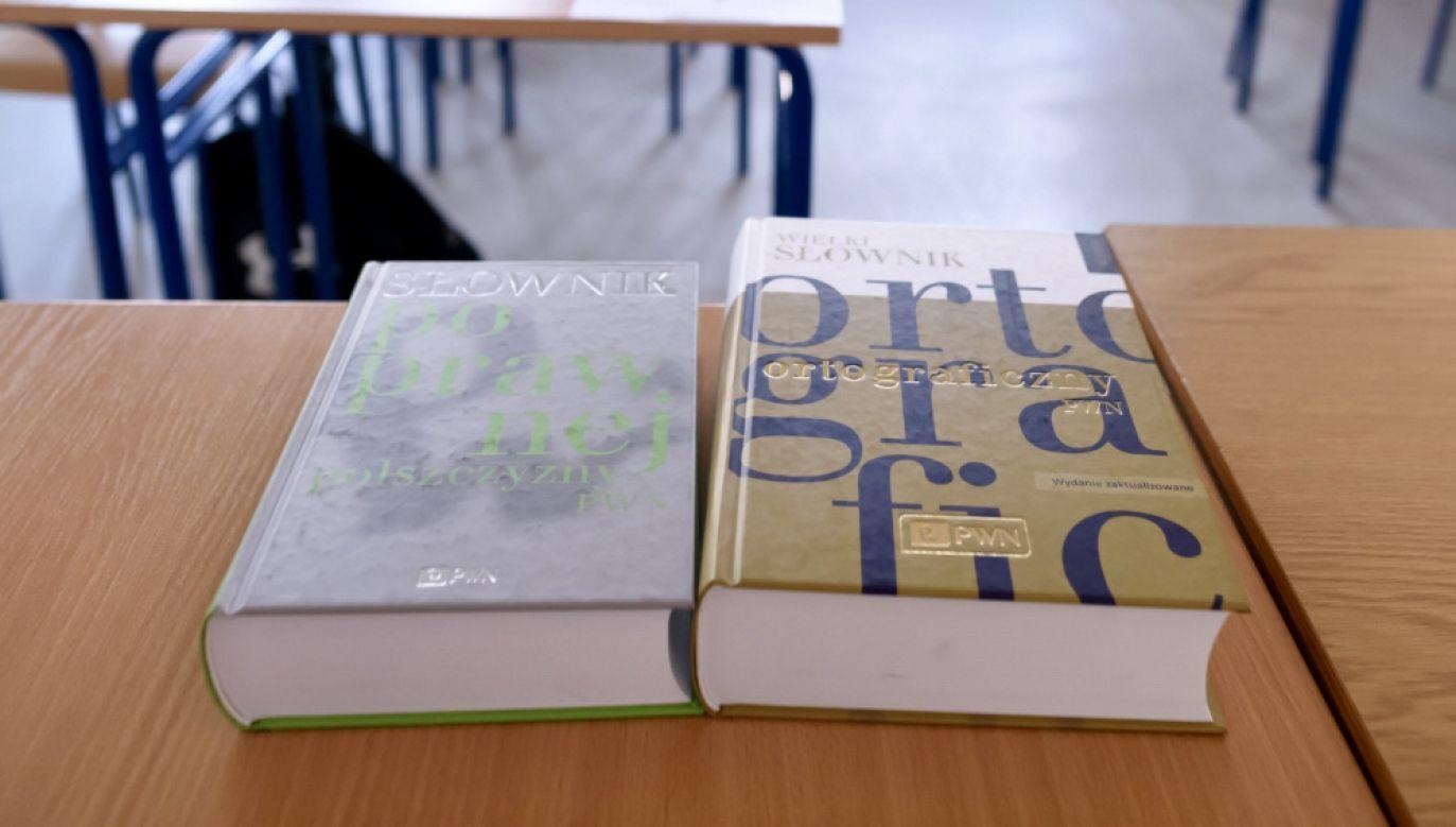 Rada Języka Polskiego zaakceptowała opinię dr hab. Łazińskiego(fot. PAP/Jakub Kaczmarczyk)