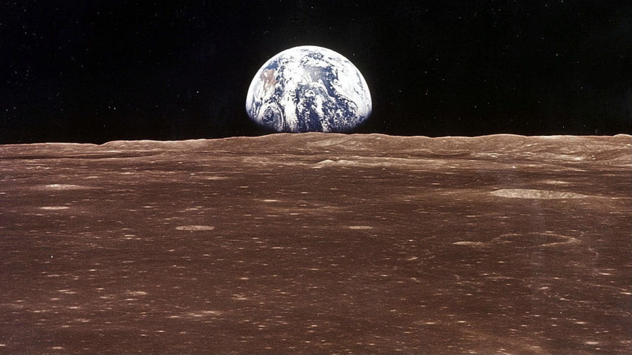 Ziemia nie będzie nadawała się do zamieszkania dla organizmów oddychających tlenem (fot. NASA/Newsmakers)