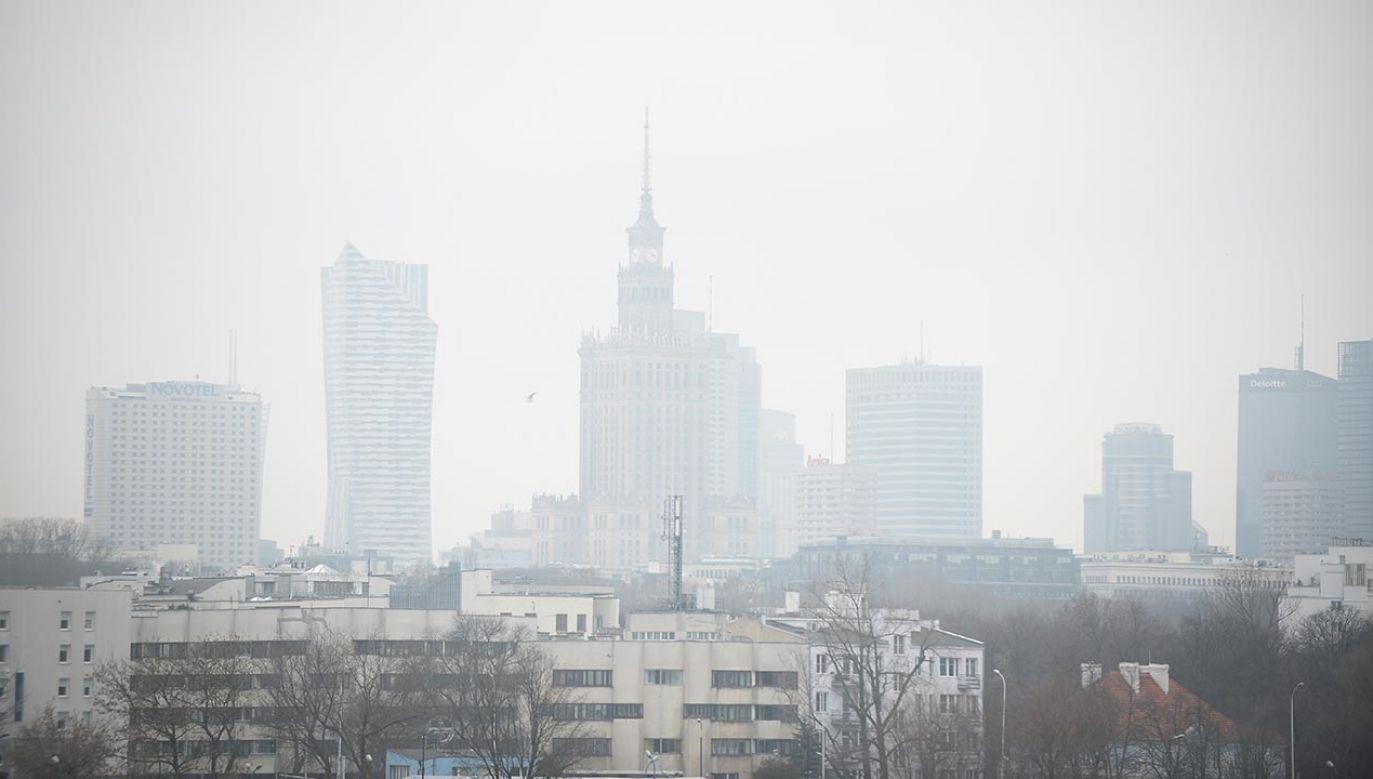 W Warszawie obowiązuje IV stopień ostrzeżeń przeciwsmogowych (fot. Jaap Arriens/NurPhoto via Getty Images)