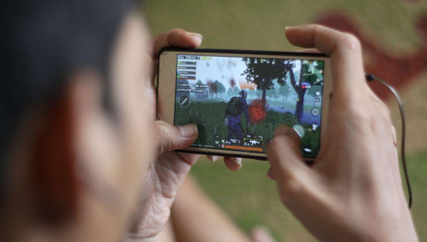 Władze w Indiach uznają grę PUBG za niebezpieczną dla zdrowia i życia (fot. Aditya Irawan/NurPhoto via Getty Images)