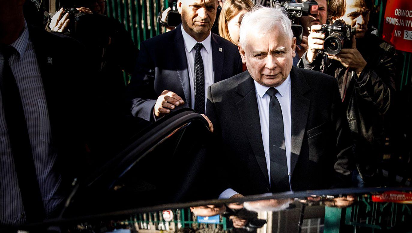 Prokuratura prowadzi śledztwo dotyczące inwigilacji za czasów rządów PO-PSL polityków PiS (fot. Carsten Koall/Getty Images)