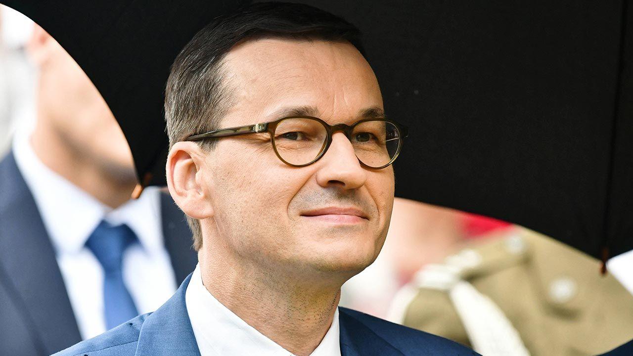 Premier Mateusz Morawiecki złożył życzenia na Dzień Matki - tvp.info