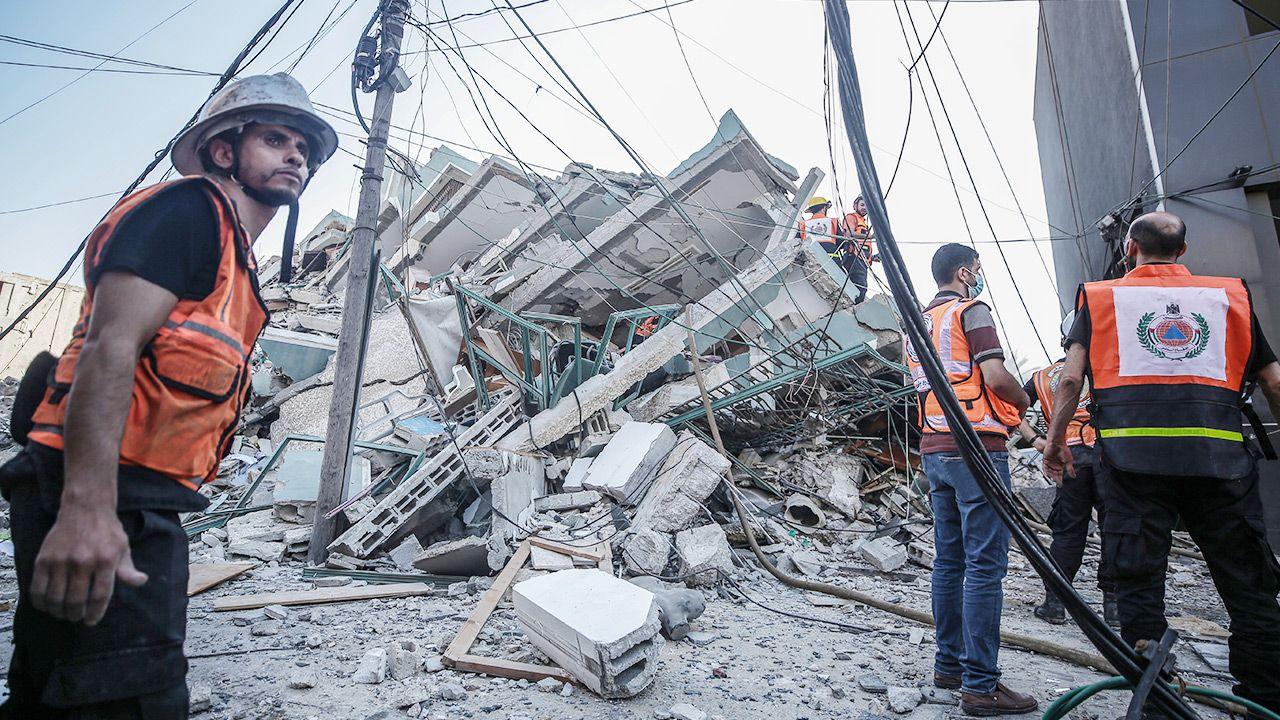 """Premier Izraela powiedział, że działania wojenne w Strefie Gazy """"potrwają jeszcze pewien czas"""" (fot. PAP/EPA/HAITHAM IMAD)"""