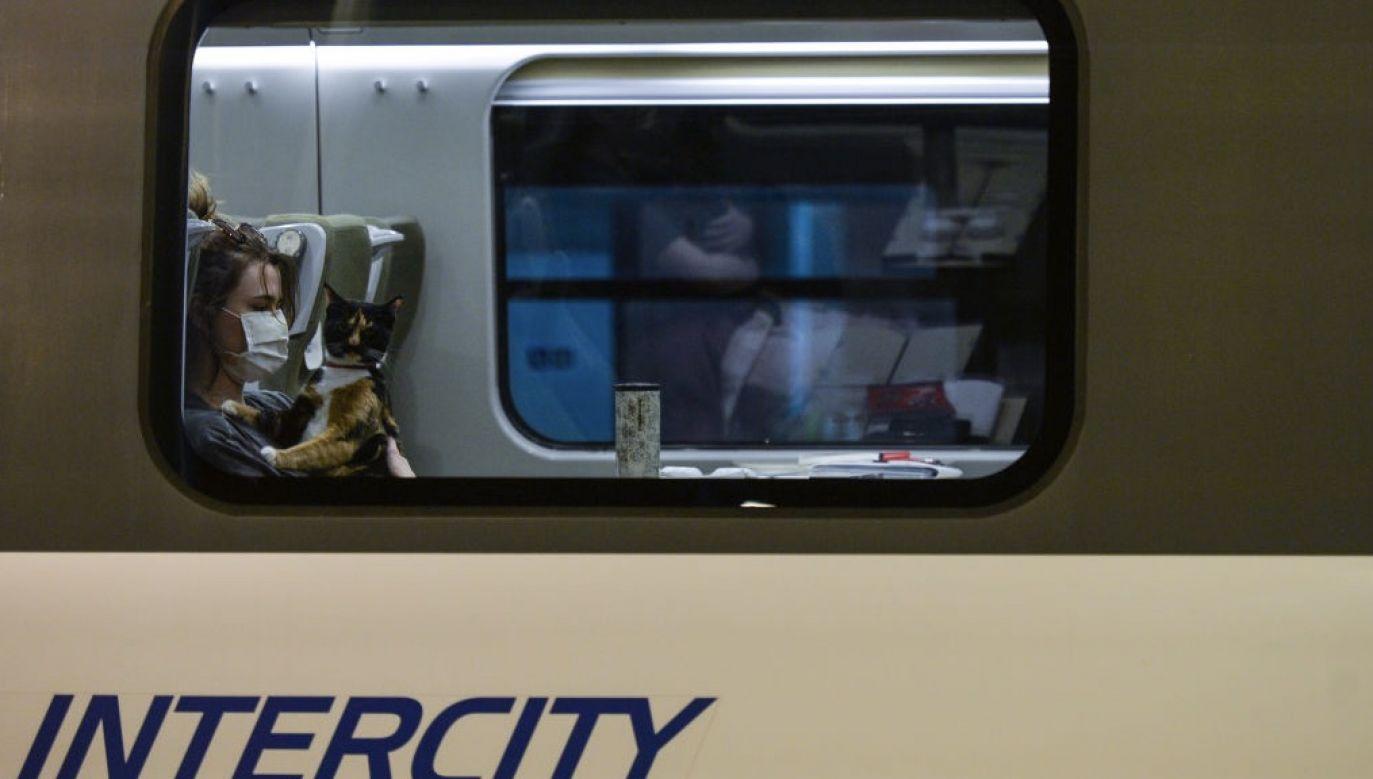 Chodzi o dwa połączenia z 26 sierpnia (fot.  Artur Widak/NurPhoto via Getty Images, zdjęcie ilustracyjne)