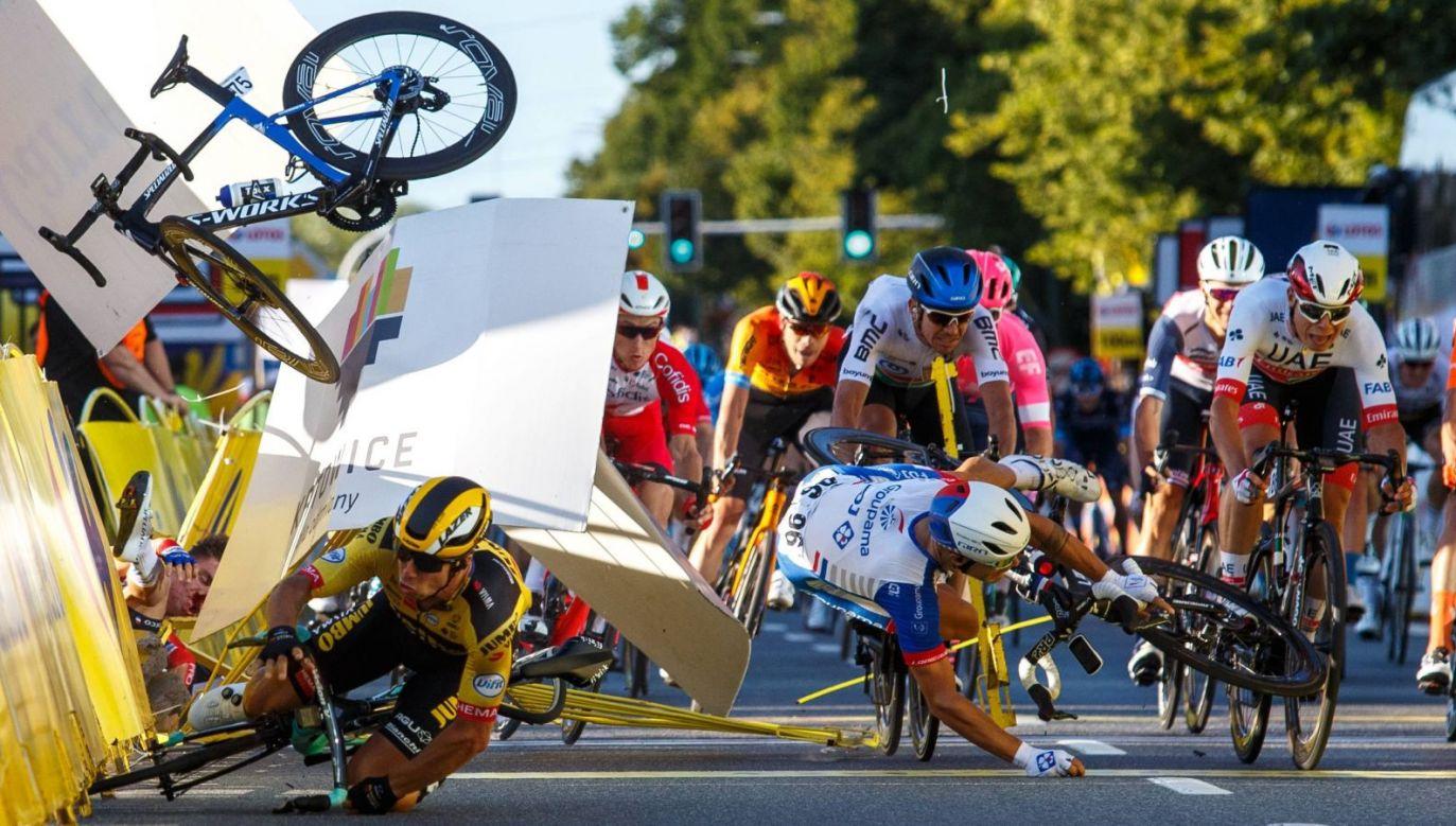 Kraksa na finiszu pierwszego etapu Tour de Pologne (fot. PAP)