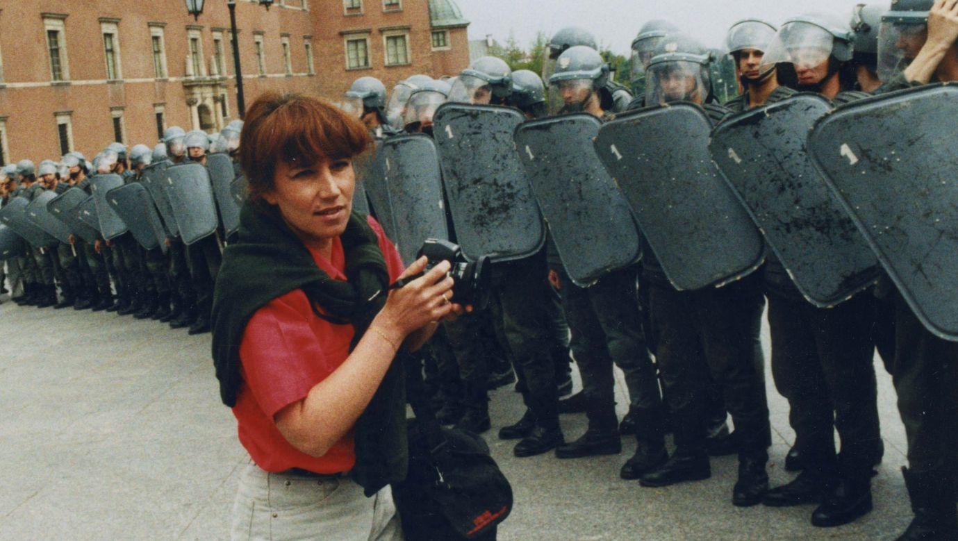 Byłam jedną z niewielu fotografujących kobiet - wspomina lata 80. i 90. XX wieku Anna Brzezińska. Fot. Archiwum Anny Brzezińskiej