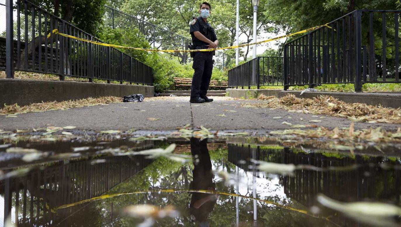 Policja wszczęła śledztwo w sprawie strzelaniny (fot. PAP/EPA/JUSTIN LANE)