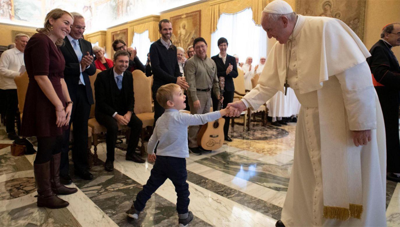 Franciszek obchodził 50. rocznicę święceń kapłańskich (fot. PAP/EPA/VATICAN MEDIA HANDOUT)