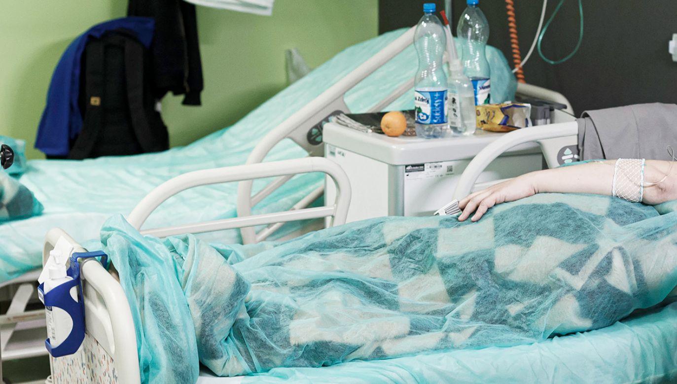 Raport o epidemii koronawirusa w Polsce - 13 kwietnia 2021 (fot. PAP/Aleksander Koźmiński)