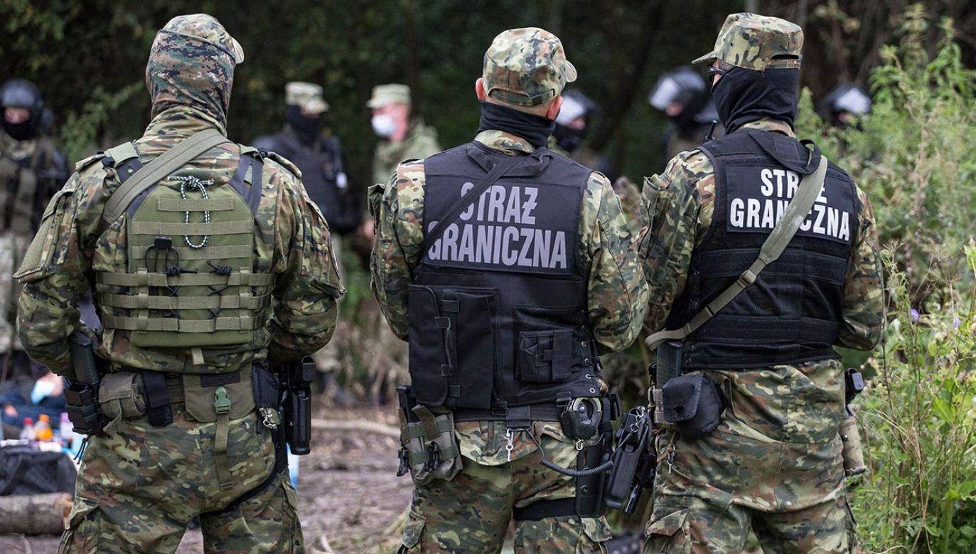 Politycy dyskutowali o kryzysie na granicy polsko-białoruskiej (fot. Maciej Luczniewski/NurPhoto via Getty Images)