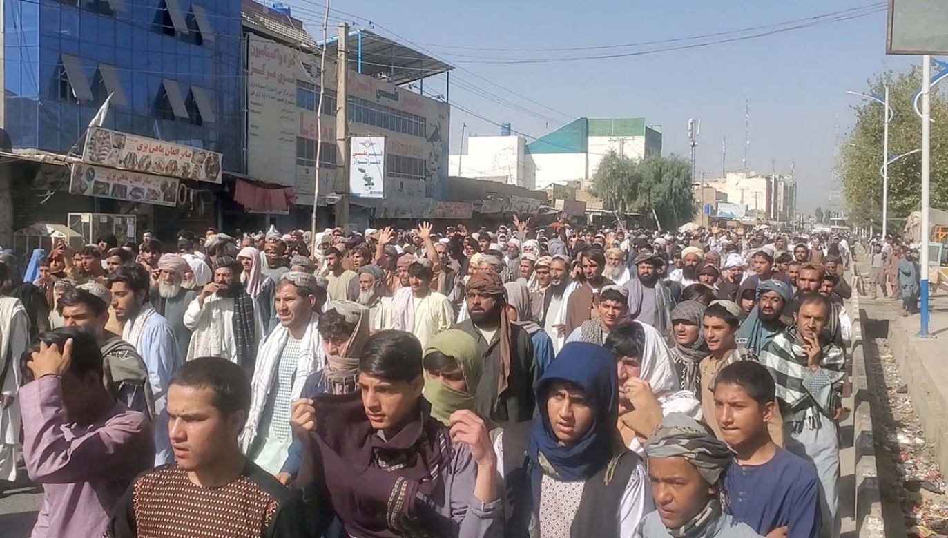 Dziennikarze obecni podczas protestów w Kandaharze informowali, że zostali pobici przez talibów (fot. ASVAKA NEWS AGENCY/Reuters/Forum)