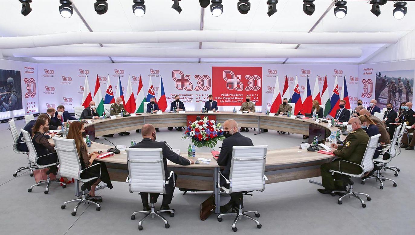 W Elblągu odbyło sięspotkanie ministrów obrony grupy V4 (fot. PAP/Tomasz Waszczuk)