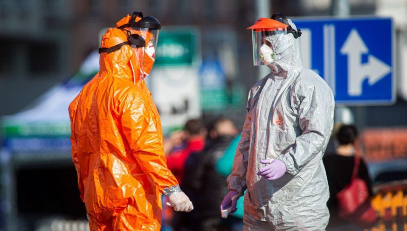 W ciągu ostatniej doby wyzdrowiało 586 osób zakażonych koronawirusem (fot. Florian Gaertner/Photothek via Getty Images)