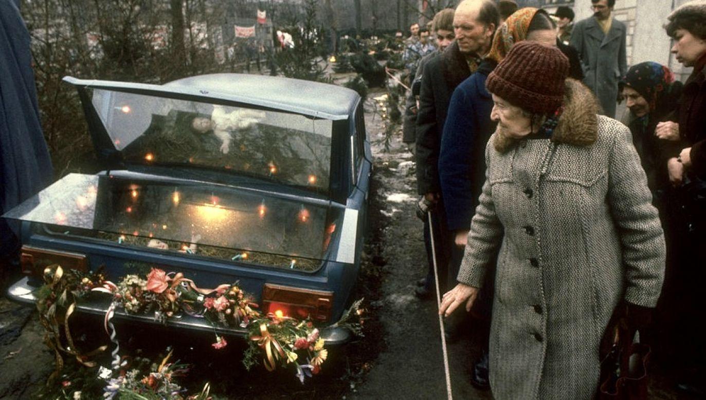 Dziś 36. rocznica śmierci bł. ks. Popiełuszki oraz 10. rocznica zabójstwa Marka Rosiaka (fot. Chris Niedenthal/The LIFE Images Collection via Getty Images/Getty Images)