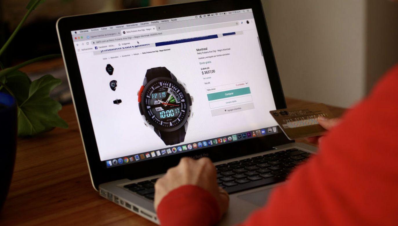 Czasami konsumenci są oszukiwani podczas zakupów online (fot. Carol Smiljan/NurPhoto/Getty Images)