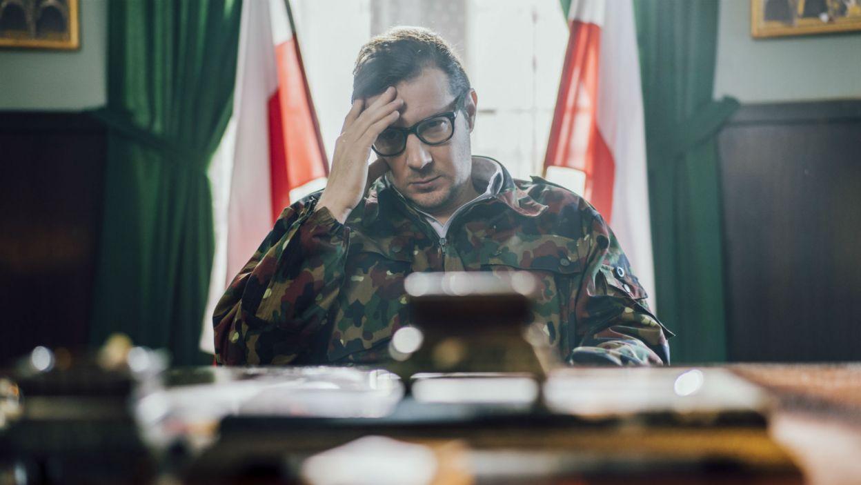 """Terroryści, którymi kierował """"pułkownik Wysocki"""" (w tej roli Wojciech Solarz), domagali się zniesienia stanu wojennego w Polsce (fot. Stanisław Loba)"""