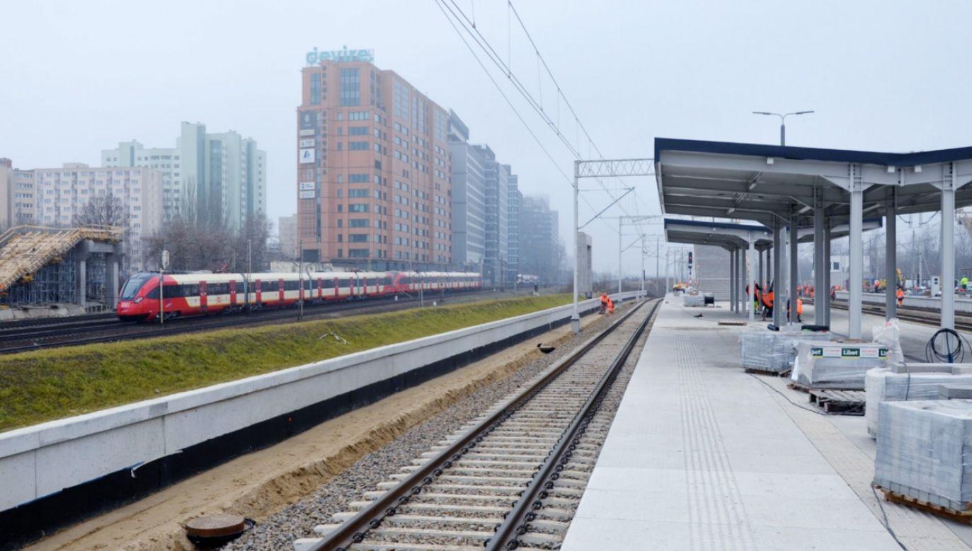 Na stołecznym dworcu trwają ostatnie prace na peronach (fot.TT/PKP PLK SA)