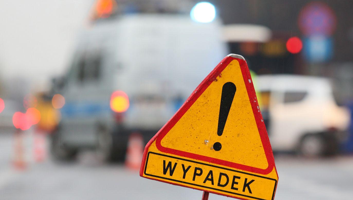 Zderzyło się sześć samochodów (fot. PAP/Leszek Szymański)
