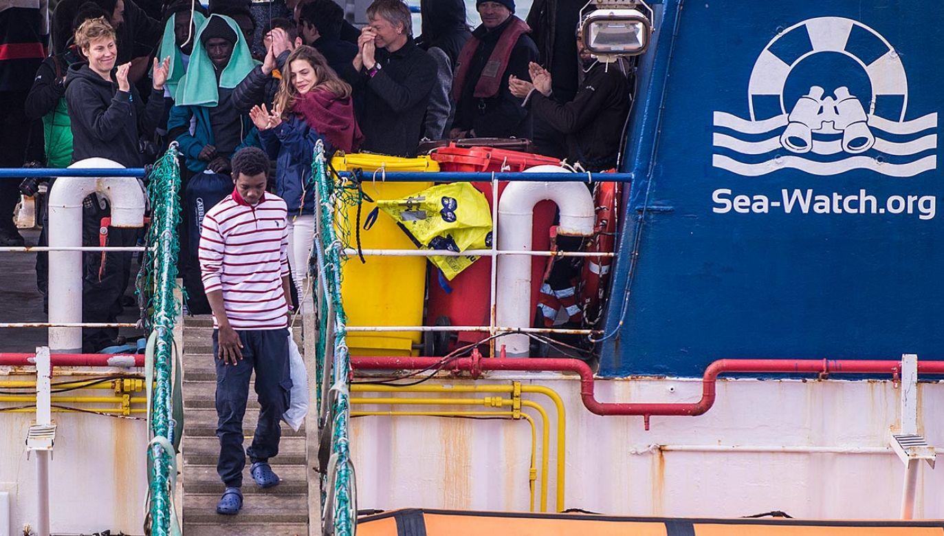Statek był finansowany głównie z datków kościelnych (fot. Fabrizio Villa/Getty Images, zdjęcie ilustracyjne)