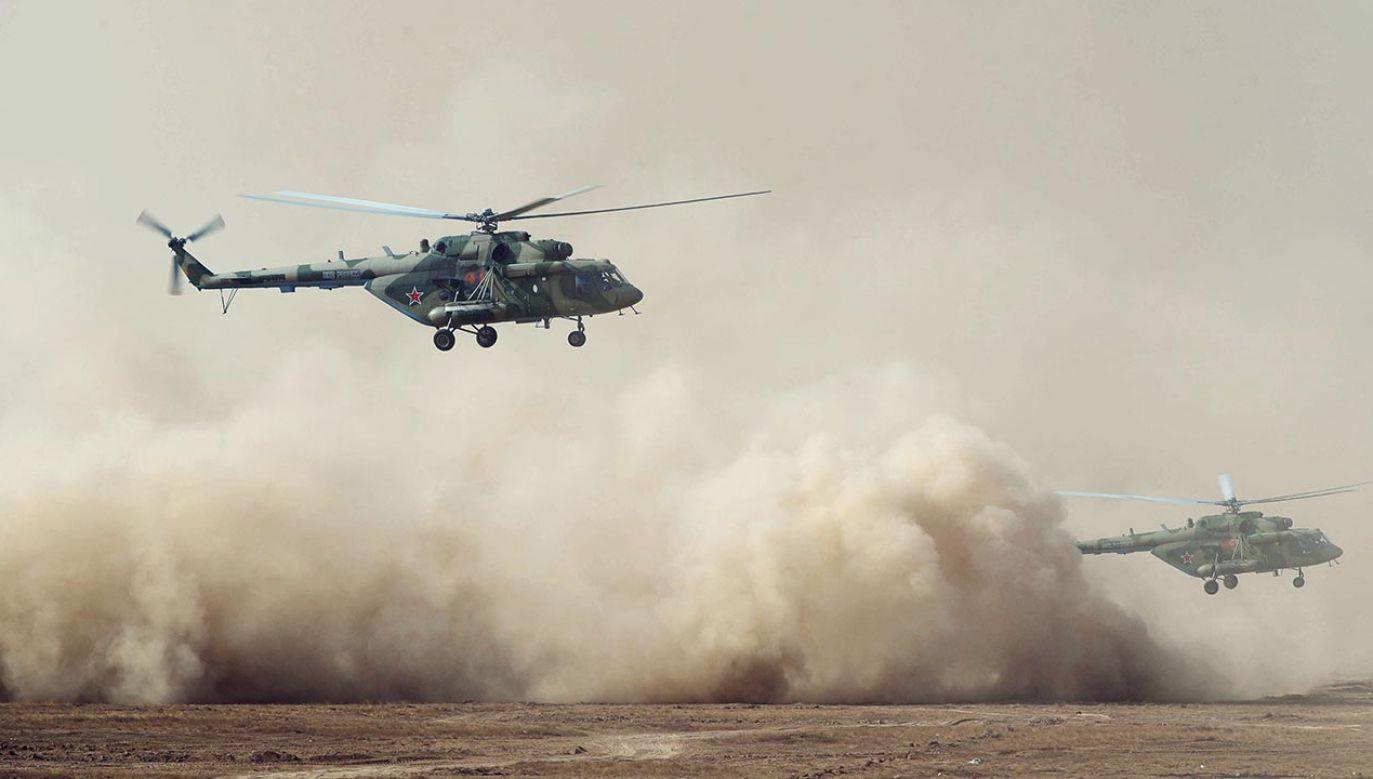 Pandemia koronawirusa na krótko ograniczyła aktywność ćwiczebną rosyjskiej armii (fot. PAP/EPA/MICHAIL KLIMENTYEV/SPUTNIK/KREMLIN POOL / POOL )