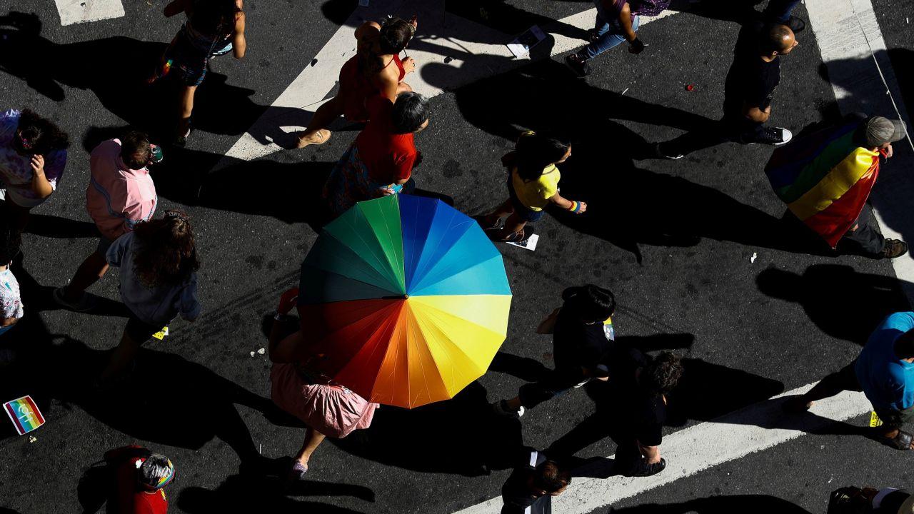 Sprzeciw wobec ideologii LGBT w Ikea i zwolnienie pracownika (fot. PAP/EPA/MARCELO CHELLO)