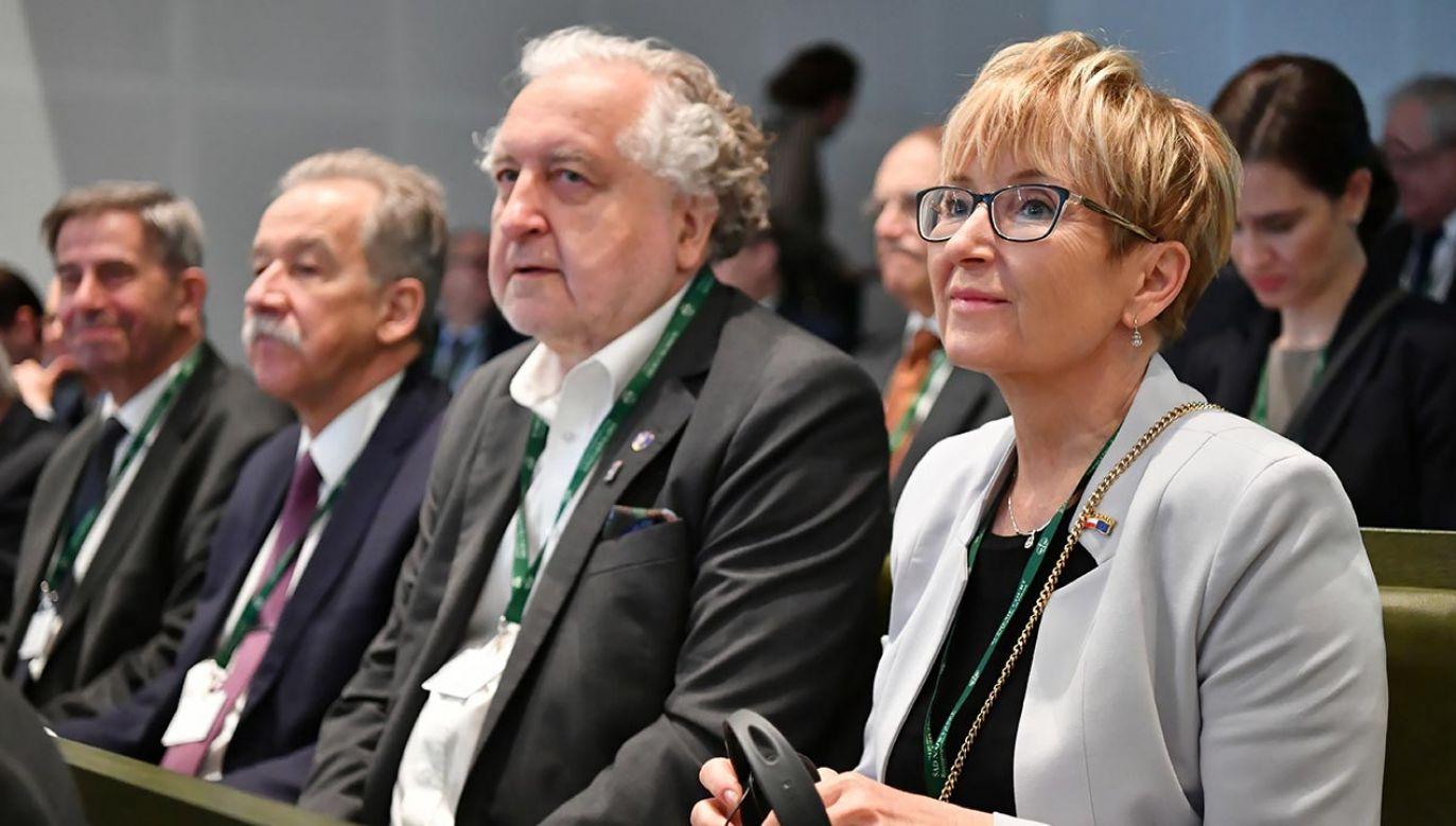 Sędzia Beata Morawiec - pierwsza z prawej  (fot. PAP/Piotr Nowak)