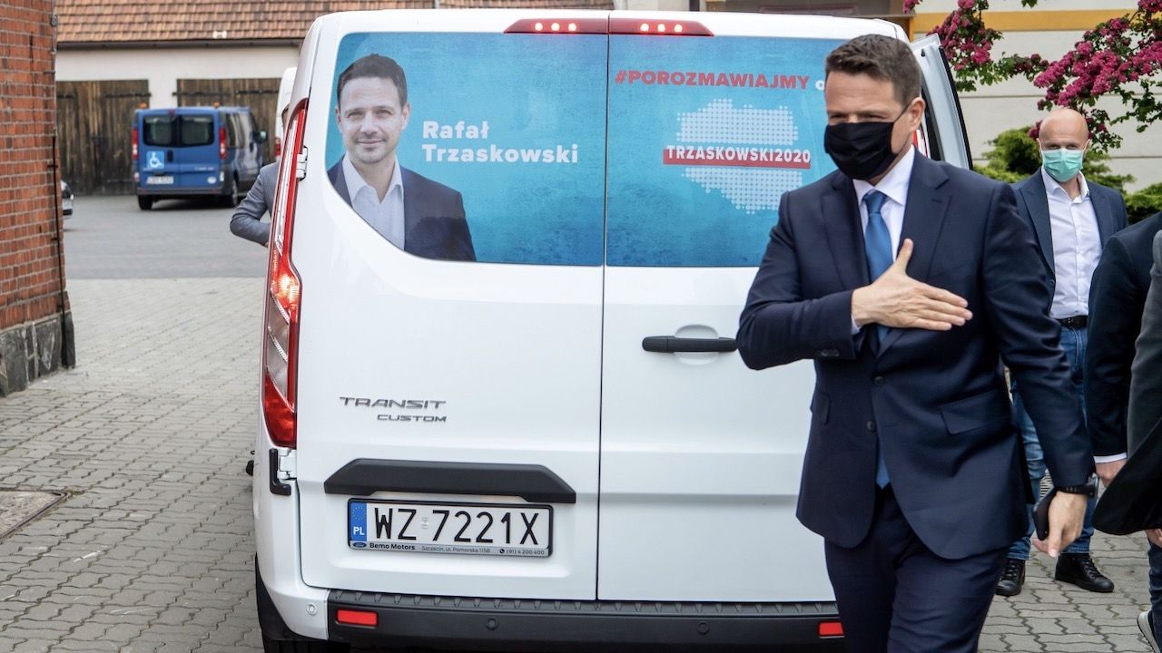 Przy okazji Sebastian Kaleta przypomniał o jednej z niespełnionych obietnic kandydata KO (fot. PAP/Tytus Żmijewski)