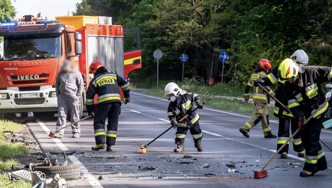 Wypadek pomiędzy Radomskiem i miejscowością Gitle (fot. arch.PAP/T.Żmijewski, zdjęcie ilustracyjne)