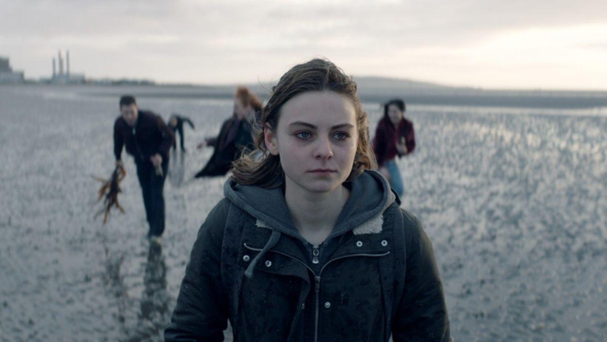 """""""Jak najdalej stąd"""" to drugi pełnometrażowy film Piotra Domalewskiego (""""Cicha noc""""). Główną rolę zagrała w nim Zofia Stafiej (fot. materiały prasowe)"""