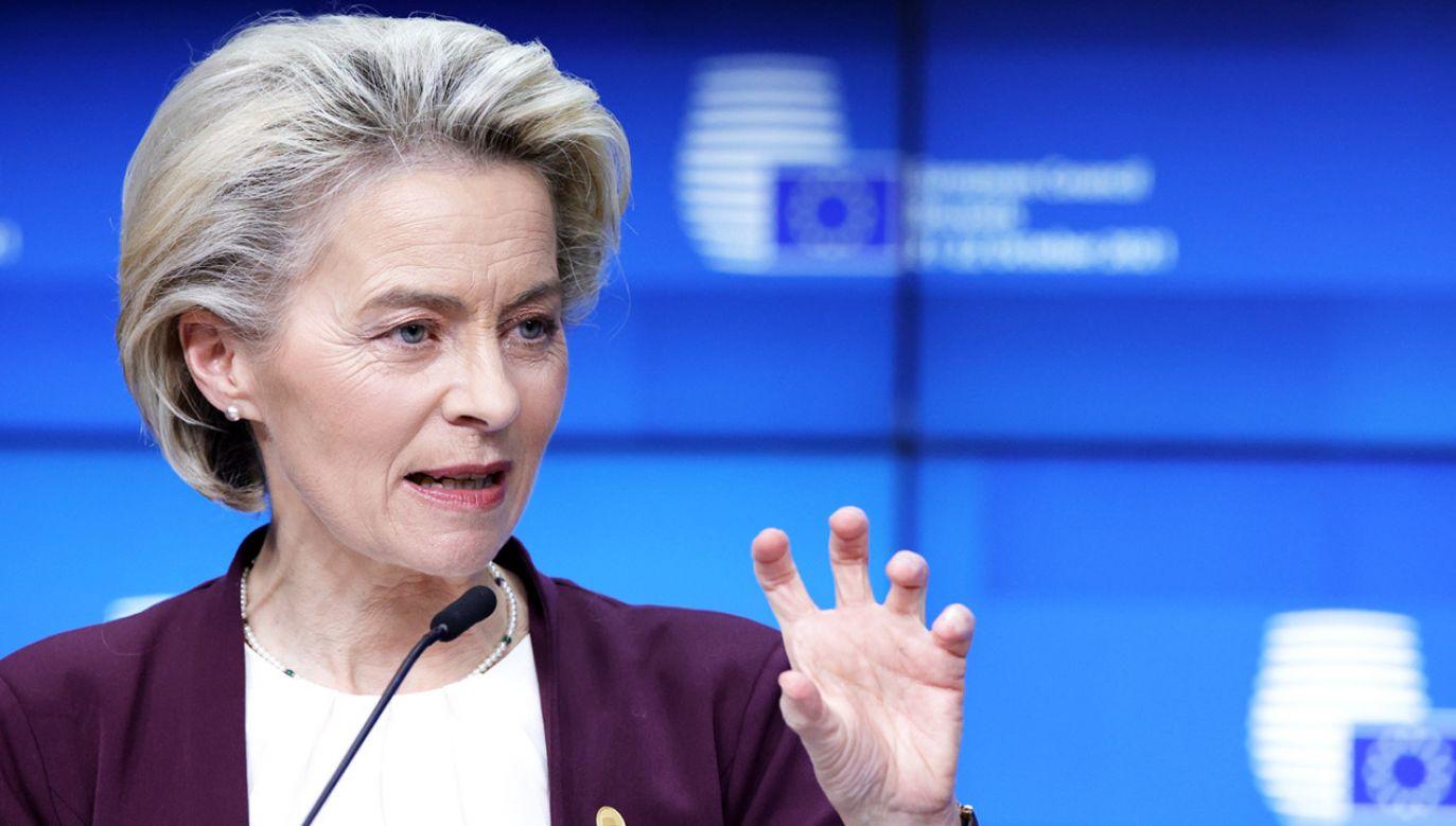 Ursula von der Leyen podsumowała szczyt UE (fot. PAP/EPA/Olivier Matthys)