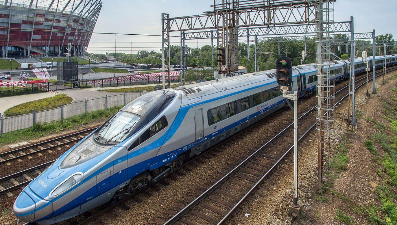 Do 2023 roku mamy pojechać pierwszym odcinkiem Kolei Dużych Prędkości (fot. arch.PAP/Dariusz Radzimierski)
