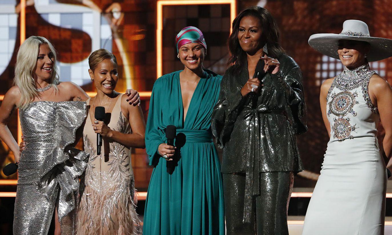 Lady Gaga, Jada Pinkett Smith, Alicia Keys, była Pierwsza Dama Michelle Obama i Jennifer Lopez(fot. REUTERS/Mike Blake)