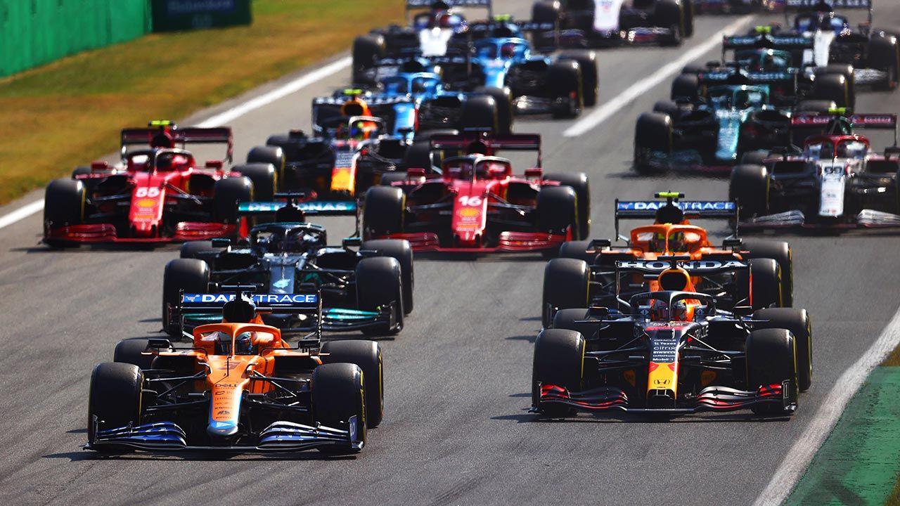 W ciągu trzech dni rywalizacji na trybunach zasiadło w sumie zaledwie 46 tys. widzów (fot.  Dan Istitene - Formula 1/Formula 1 via Getty Images)
