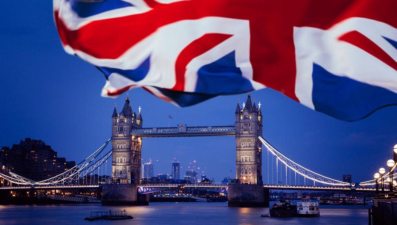 Według Brukseli, brytyjska ustawa jest złamaniem umowy brexitowej (fot. Shutterstock/Angyalosi Beata)