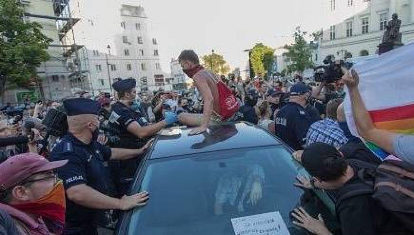 Po proteście zatrzymanych zostało 48 osób (fot. Twitter/Policja)
